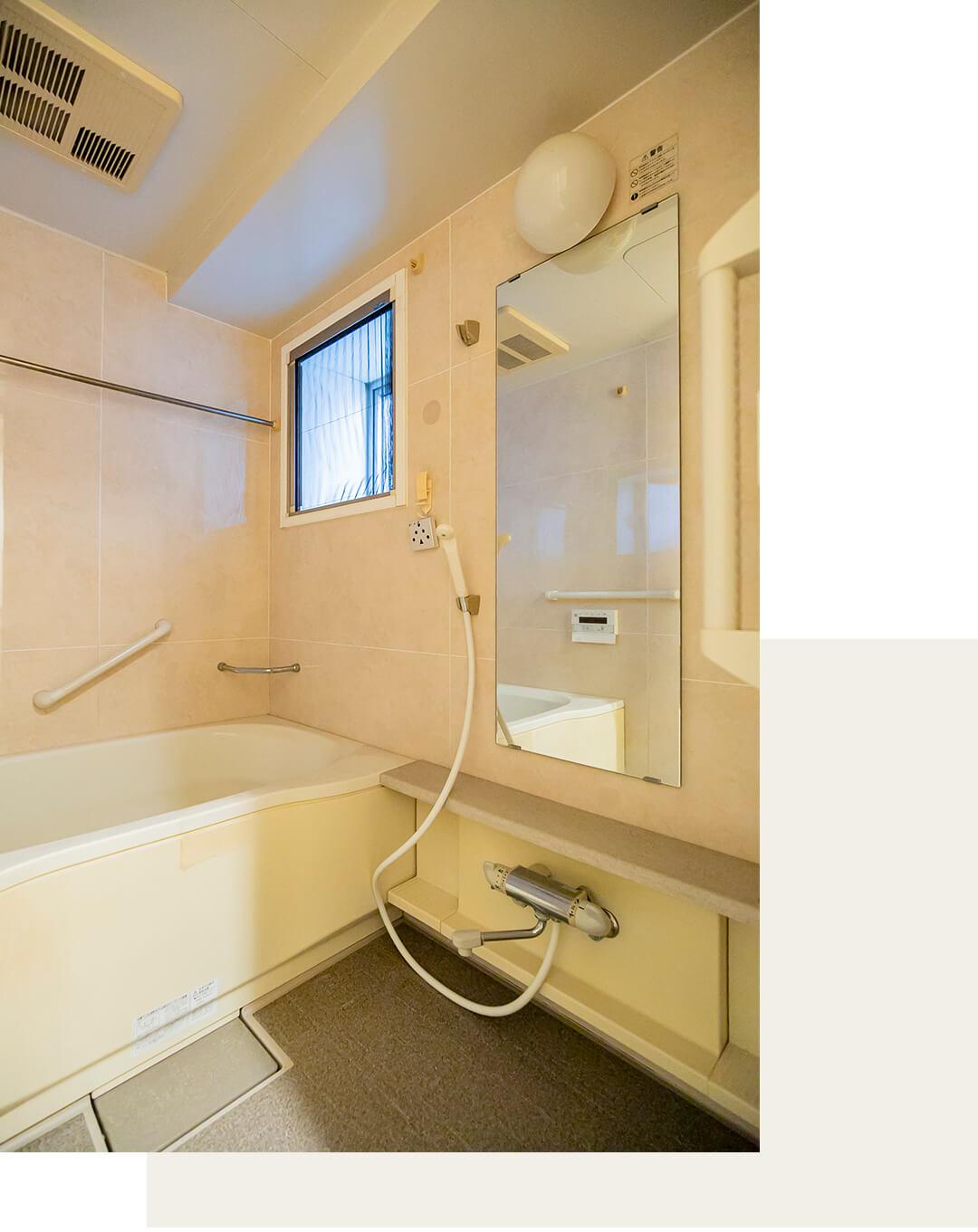 フェイムフロンテージ高田馬場の浴室