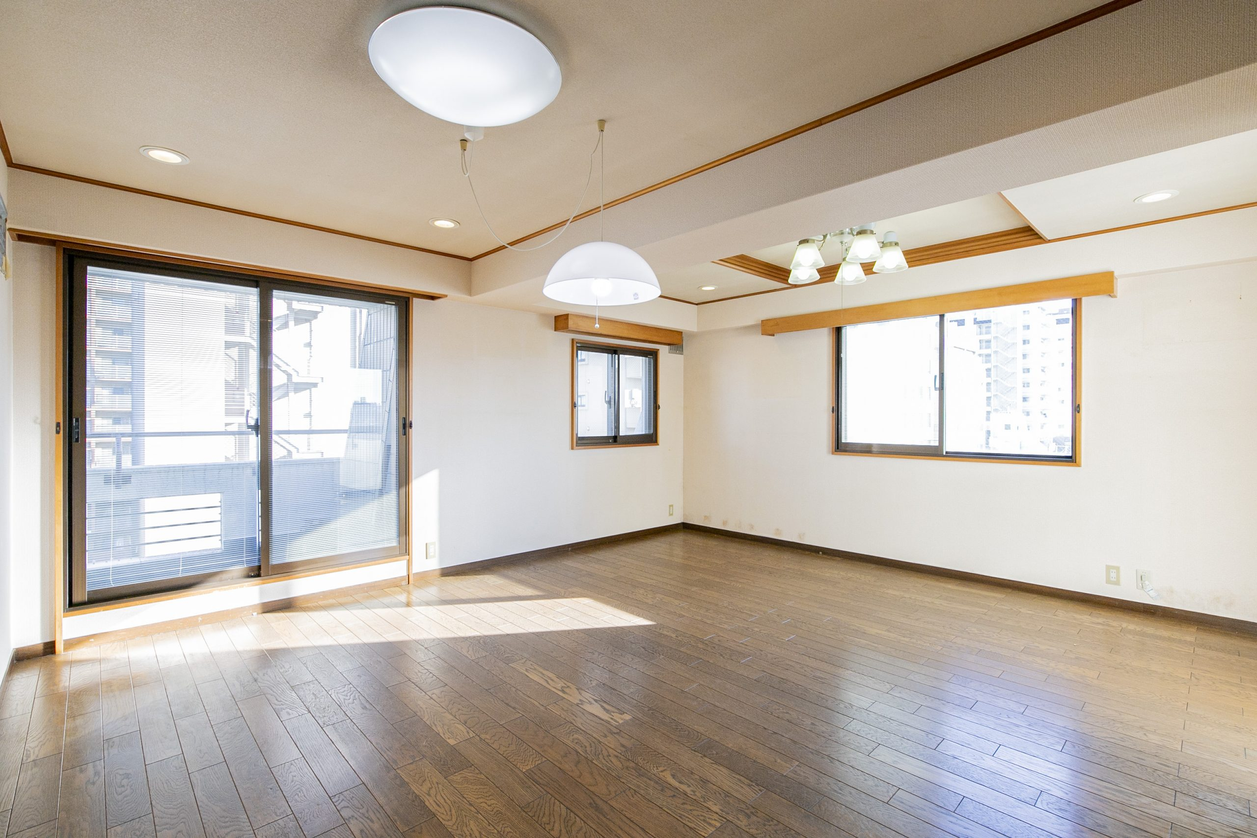 東新宿 3方角部屋 広々空間でのびのび