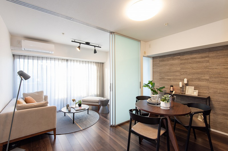 浜松町 光を取り込む、最上階・角部屋の住まい