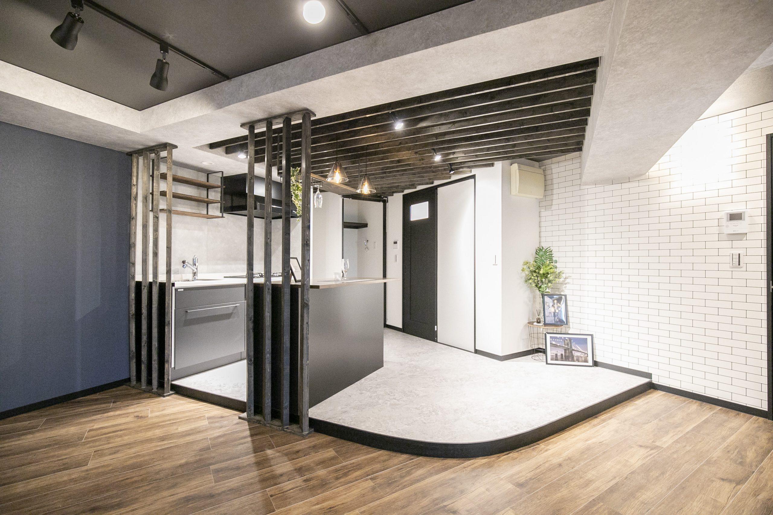 渋谷 他とは違う、インダストリアルな雰囲気の部屋