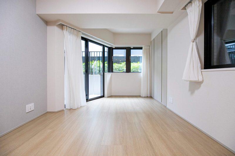 オープンレジデンシア代官山ザ・ハウス 冷暖房効果を高める複層ガラス