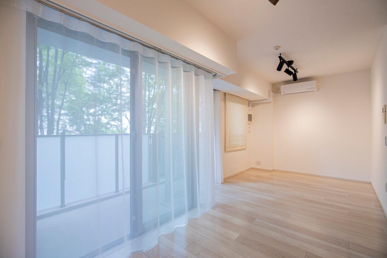 プラウド神楽坂イースト 2階からでも緑あふれる開放的な眺めを