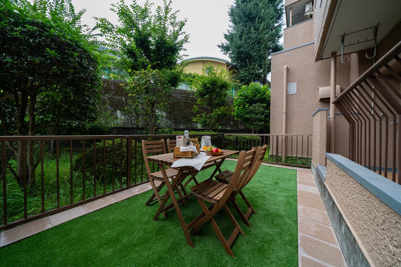 方南町 緑に囲まれた庭で穏やかな時間を